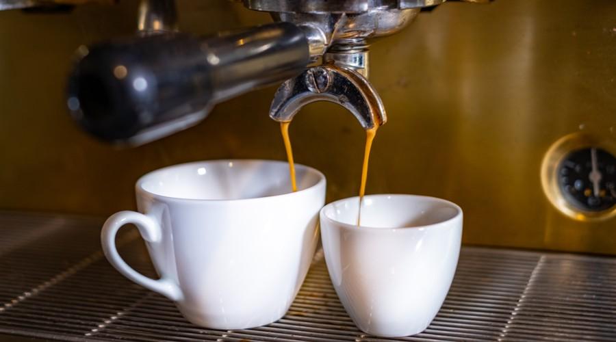 dve_kavy